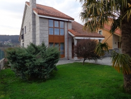CHALET INDEPENDIENTE CON PARCELA DE 1100 M2.